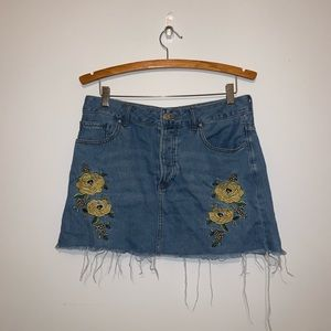 Forever 21 Floral Design Distressed Jean Skirt